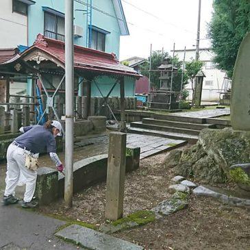 白山神社を清掃ボランティア